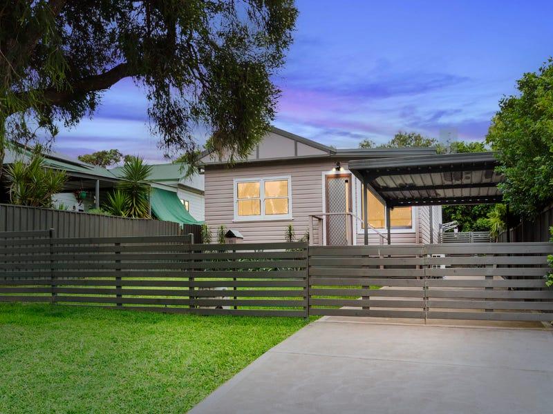 11 Bonarius Street, Edgeworth, NSW 2285