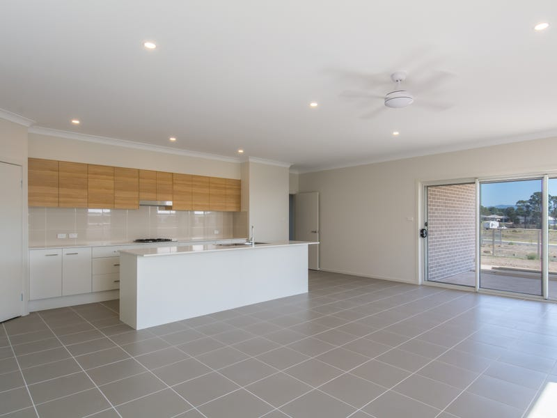 3 Venosa Way, South Nowra, NSW 2541