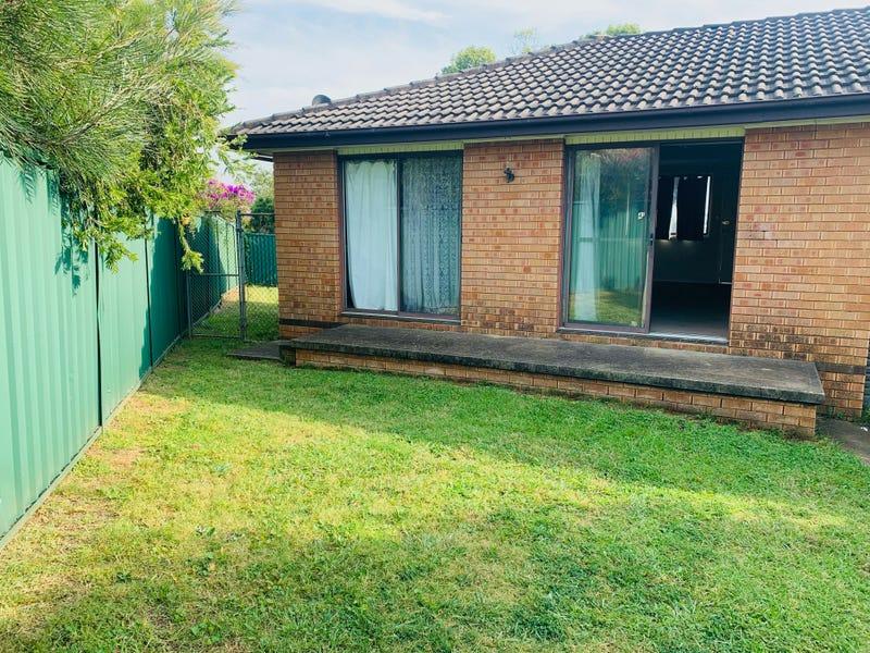 4 A Simpson Place, Leumeah, NSW 2560