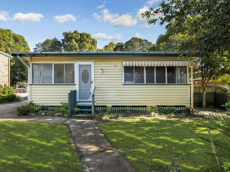 124 Moreton Tce, Beachmere, Qld 4510