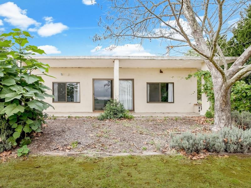 1215 Highland Way, Tallong, NSW 2579
