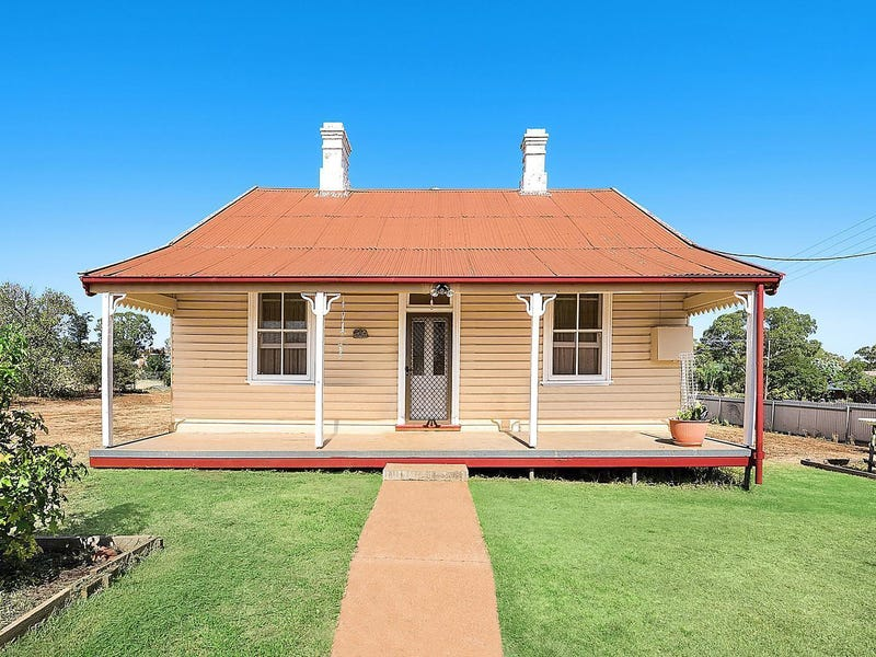142 Whiteley Street, Dunedoo, NSW 2844