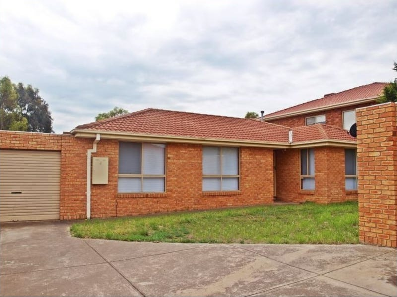2/11 Karoonda Court, Meadow Heights, Vic 3048