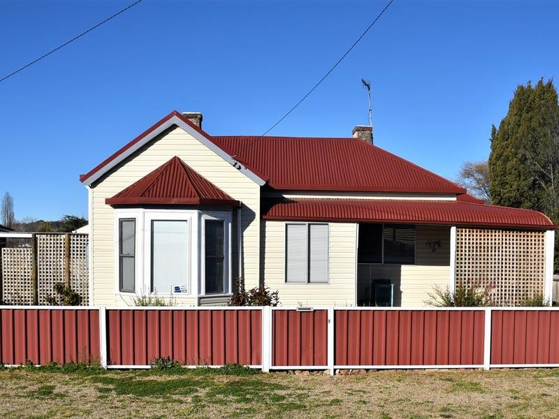 27 Macquarie Street, Glen Innes, NSW 2370