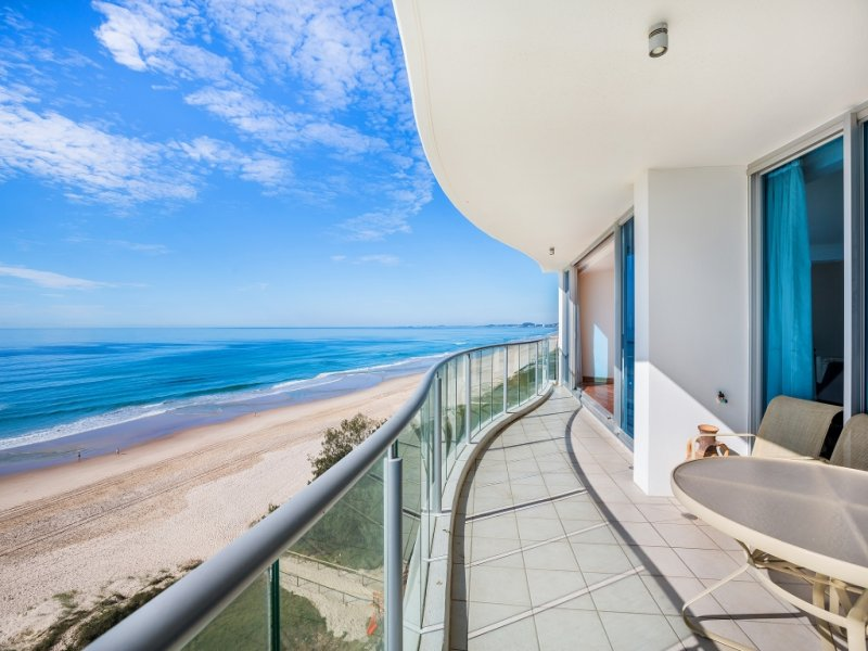 10/1 'Platinum on the Beach' Markwell Avenue, Surfers Paradise, Qld 4217