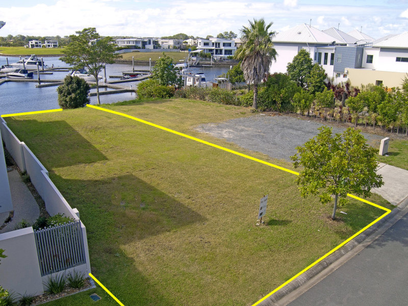 26 Onshore Place, Helensvale, Qld 4212