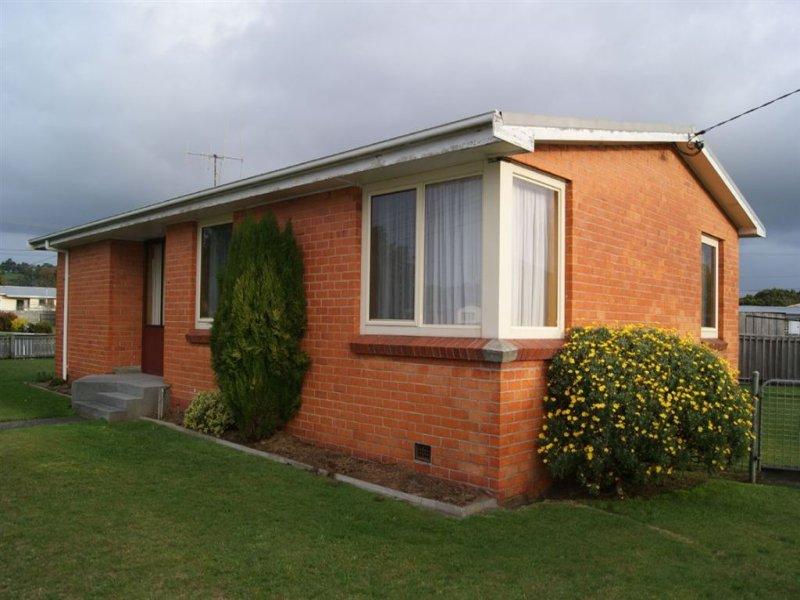 24 Hellyer Street, Smithton, Tas 7330