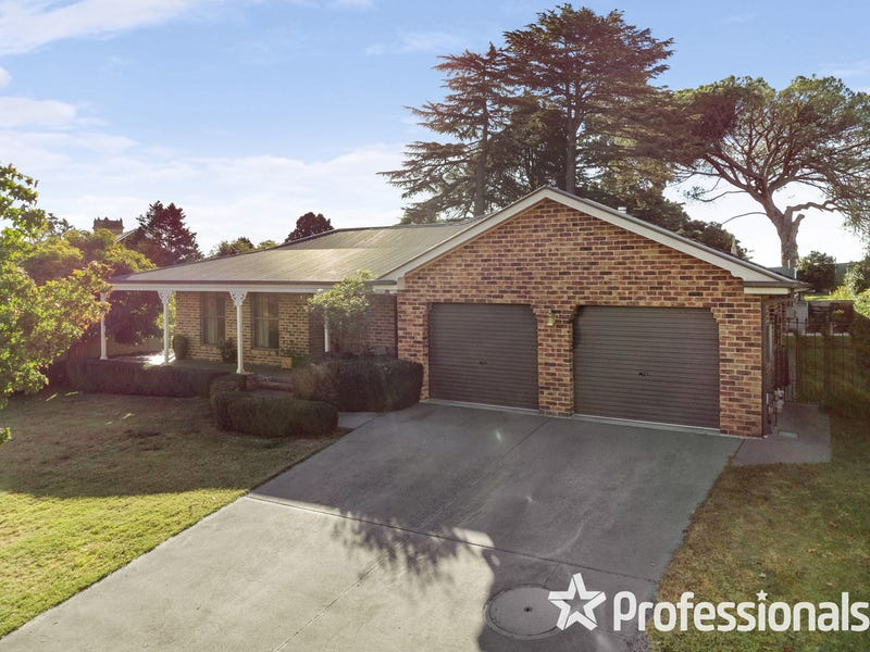24 Hassall Grove, Kelso, NSW 2795