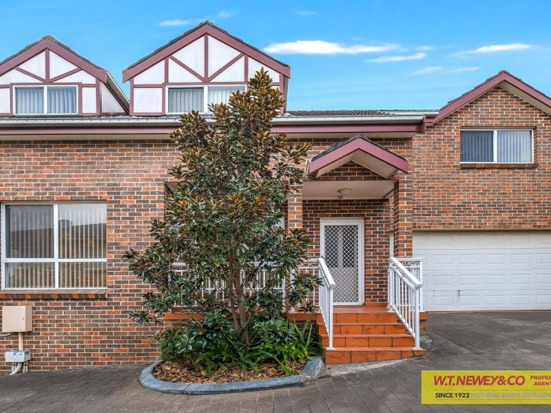 2/55 Manahan Street, Condell Park, NSW 2200