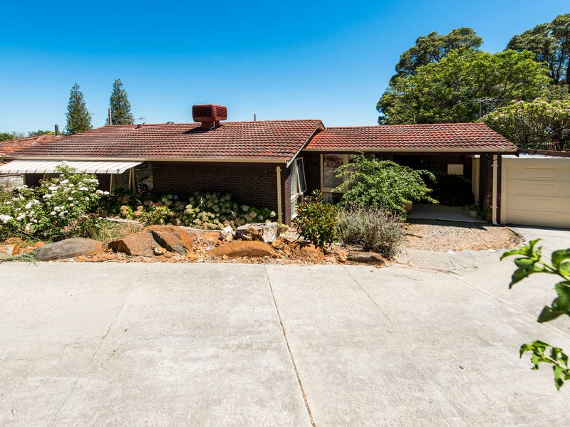 17 Harrison Road, Mount Richon, WA 6112
