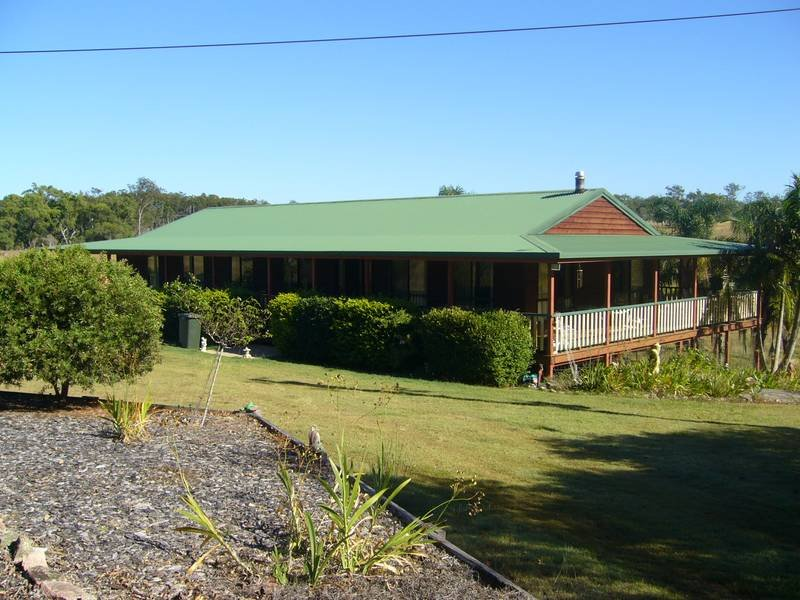 122 EVERETTS ROAD, South Isis, Qld 4660