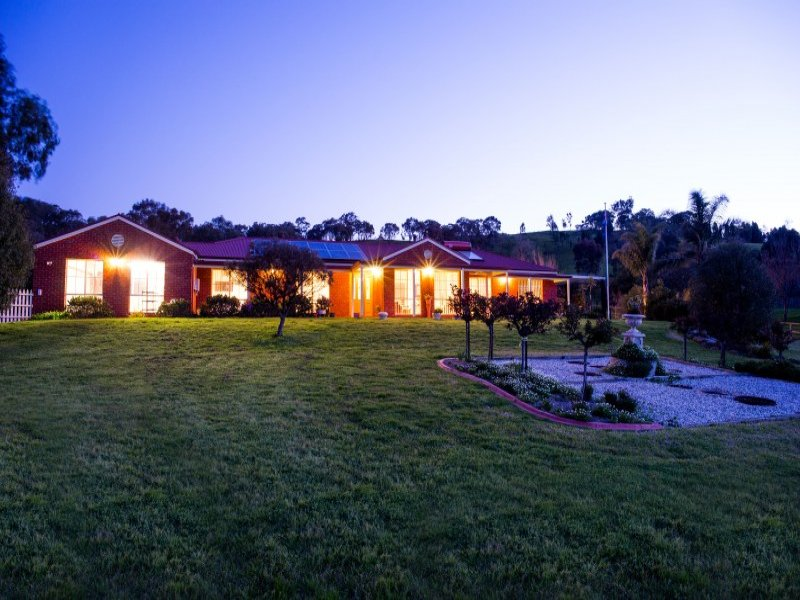 975 Centaur Road, Hamilton Valley, NSW 2641