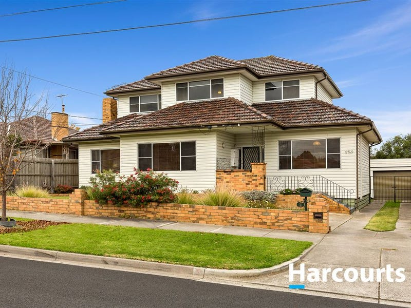 5 Broadhurst Avenue, Reservoir, Vic 3073