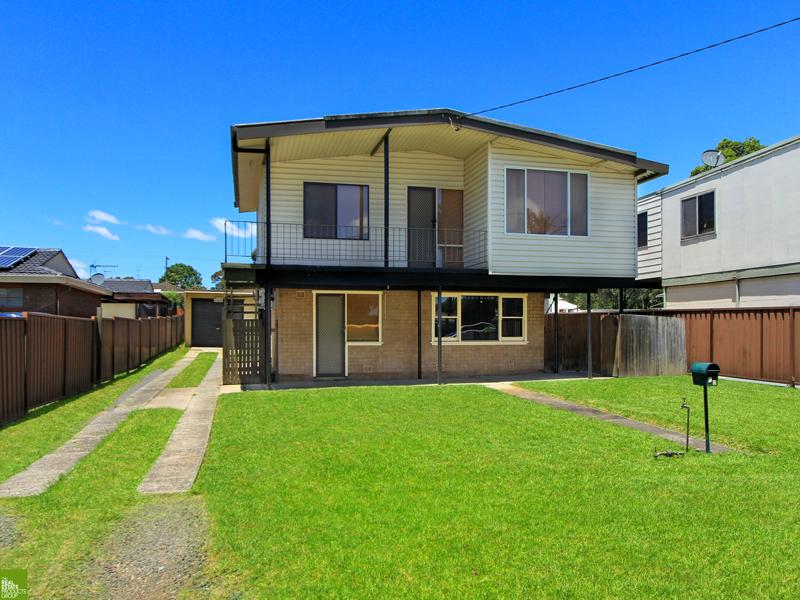 73 Deakin Street, Oak Flats, NSW 2529