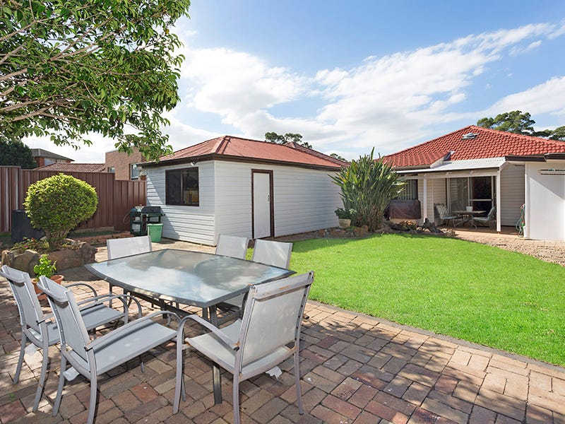 8 Berrille Road, Narwee, NSW 2209