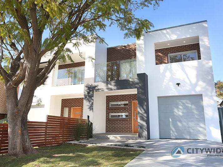 15 Enright St, East Hills, NSW 2213
