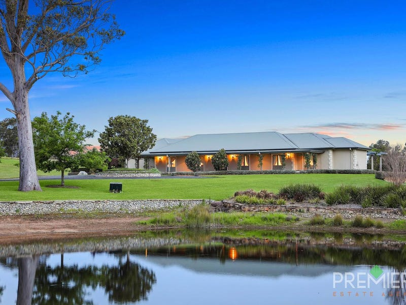 15 Ambervale Drive, Orangeville, NSW 2570