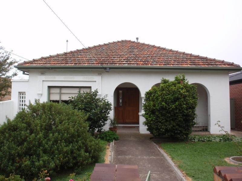 17 Budds Street, Coburg