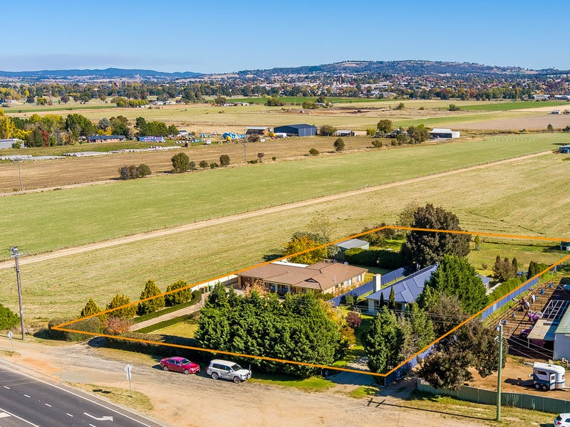 270 GILMOUR STREET, Kelso, NSW 2795