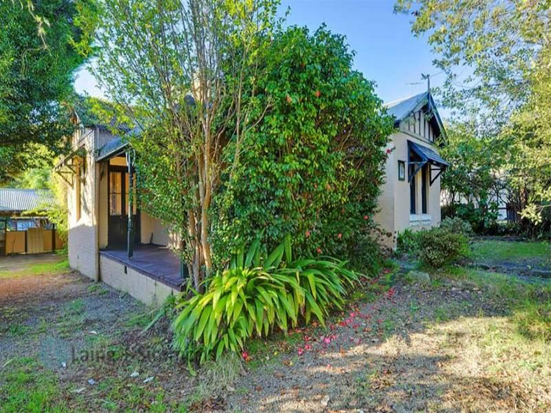51 Edgeworth David Avenue, Waitara, NSW 2077