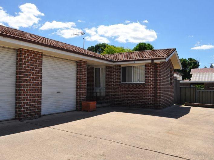2/334 Howick Street, Bathurst, NSW 2795