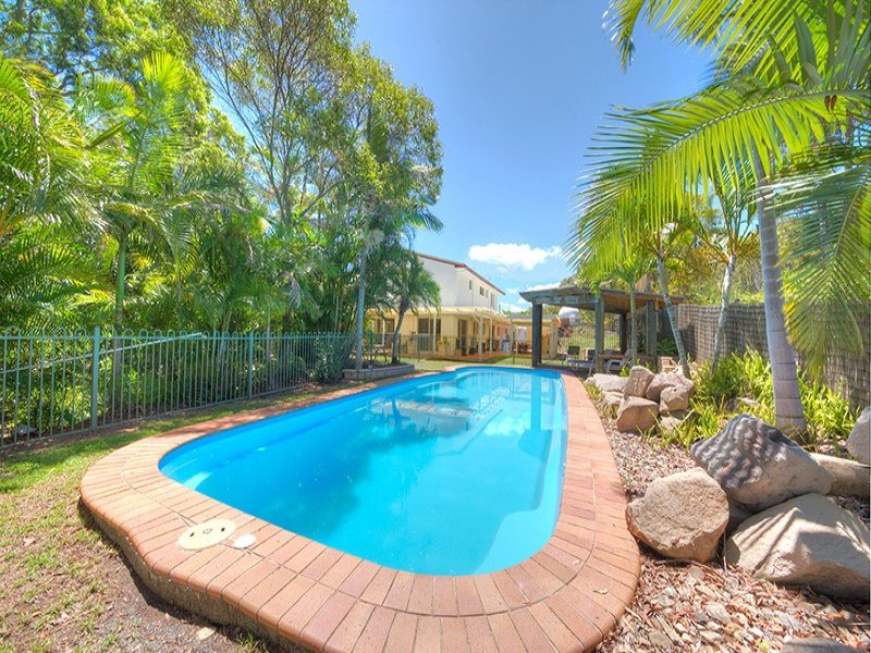98 Byfield Road, Woodbury, Qld 4703