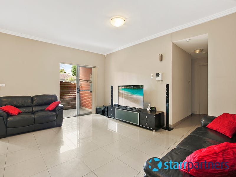 4/65-71 Beamish Road, Northmead, NSW 2152