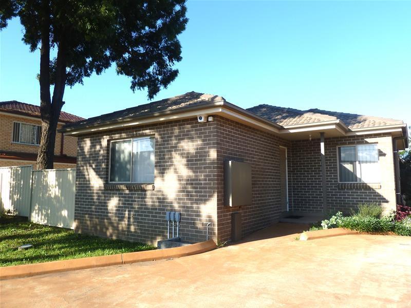 1/323 - 325 Hector Street, Bass Hill, NSW 2197