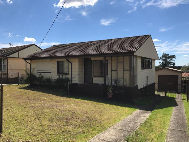 57 Heckenberg Ave, Sadleir, NSW 2168