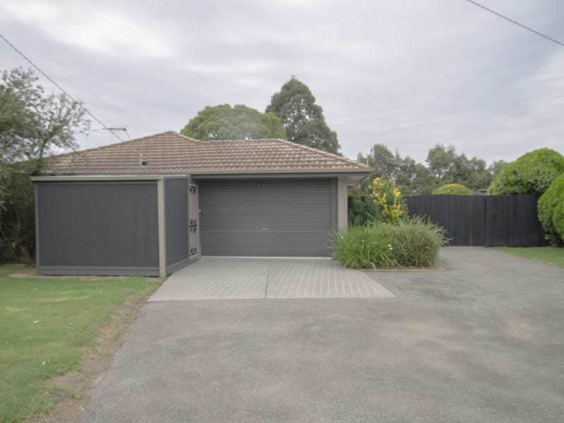54 Taplins Rd, Catani, Vic 3981