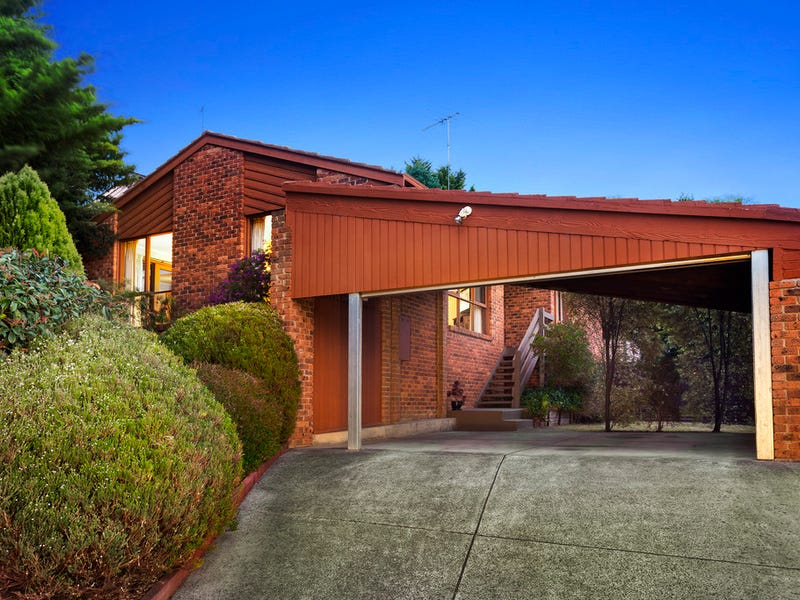 212 Plenty River Drive, Greensborough, Vic 3088