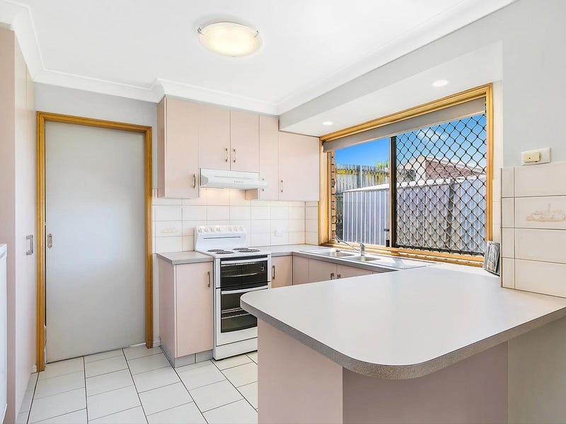 1/30 Horrocks Crescent, Kearneys Spring, Qld 4350