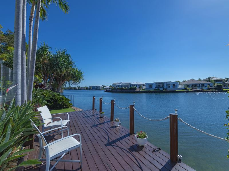 16 Anchorage Cct, Twin Waters, Qld 4564