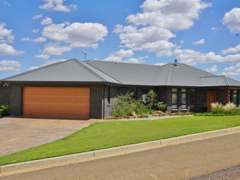 10 Guginya Place, Yass, NSW 2582
