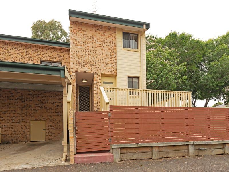 2/33 Tarrant Avenue, Kiama Downs, NSW 2533