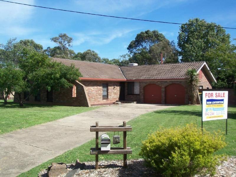 4 Cutler Avenue, Cootamundra, NSW 2590
