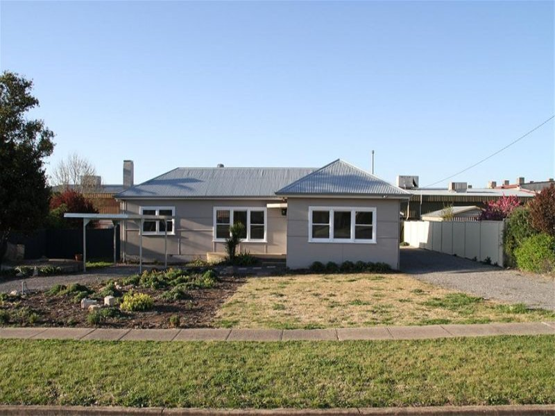2 Pollux St, Yass, NSW 2582