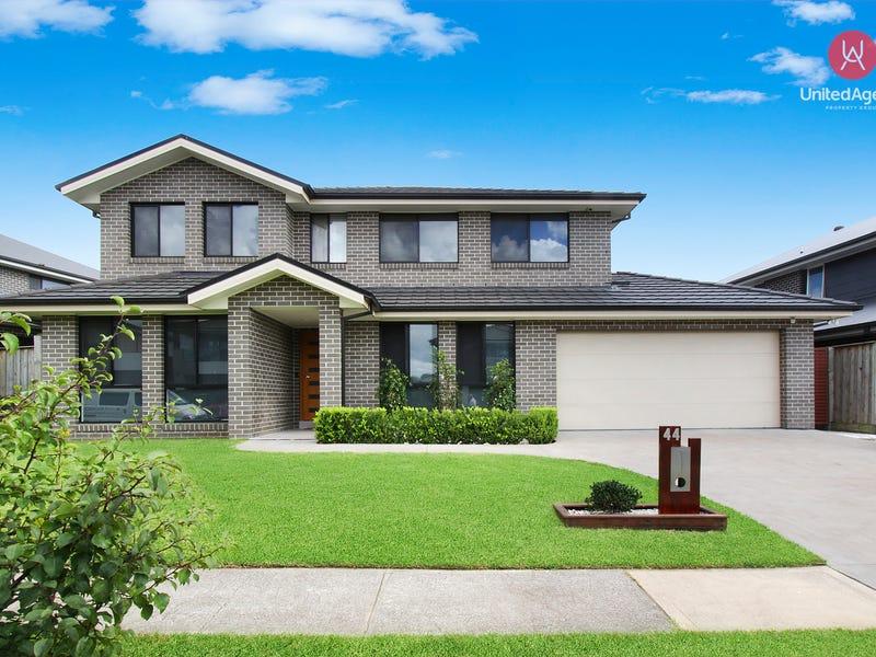 44 William Buckley Drive, Carnes Hill, NSW 2171