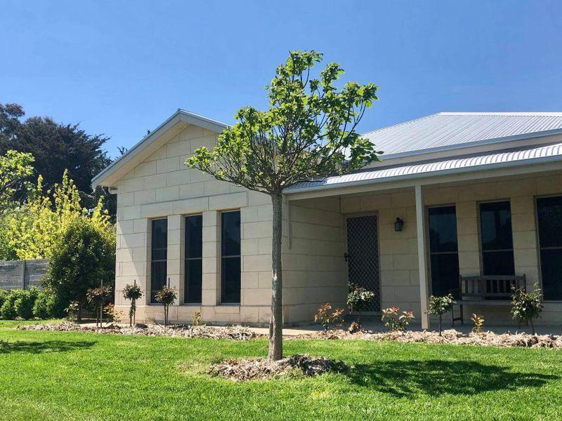 22 Railway Terrace East, Tantanoola, SA 5280