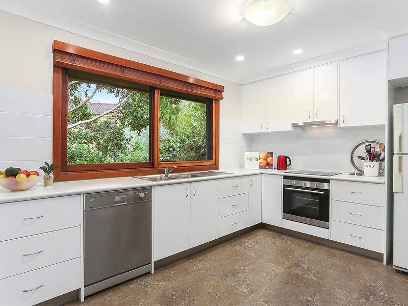 319 Somerville Road, Hornsby Heights, NSW 2077