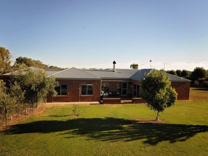 250 River Road, Tarrawingee, Vic 3678