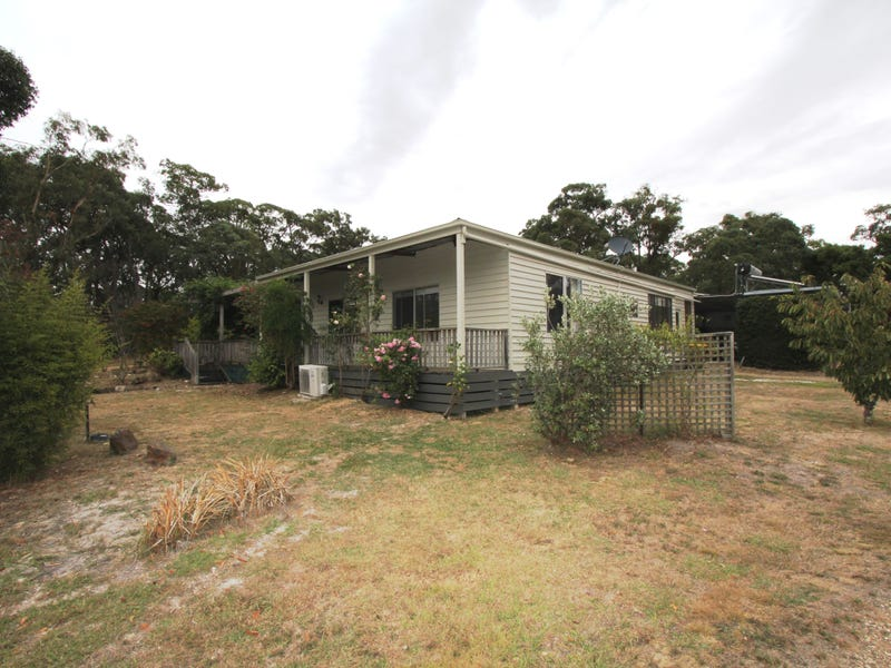 55 Laurence Drive, Snake Valley, Vic 3351