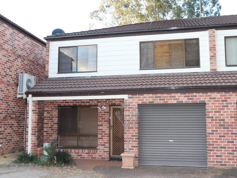 3/8 Mistletoe Avenue, Claremont Meadows, NSW 2747