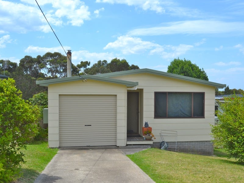 12 Canberra Cres, Burrill Lake, NSW 2539