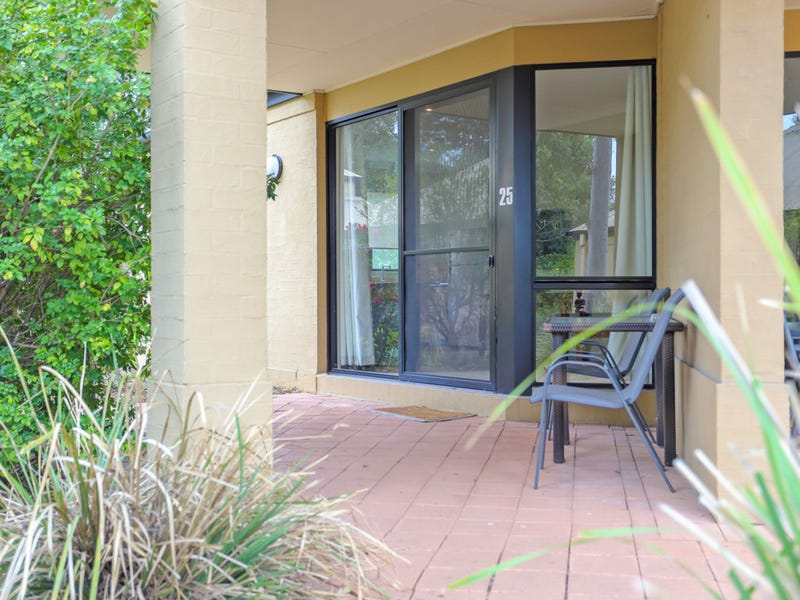 Villa 25-26 Leisure Inn, Cnr Broke and McDonald's Road, Pokolbin, NSW 2320