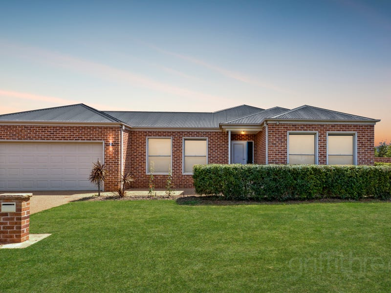 130 Clifton Boulevarde, Griffith, NSW 2680