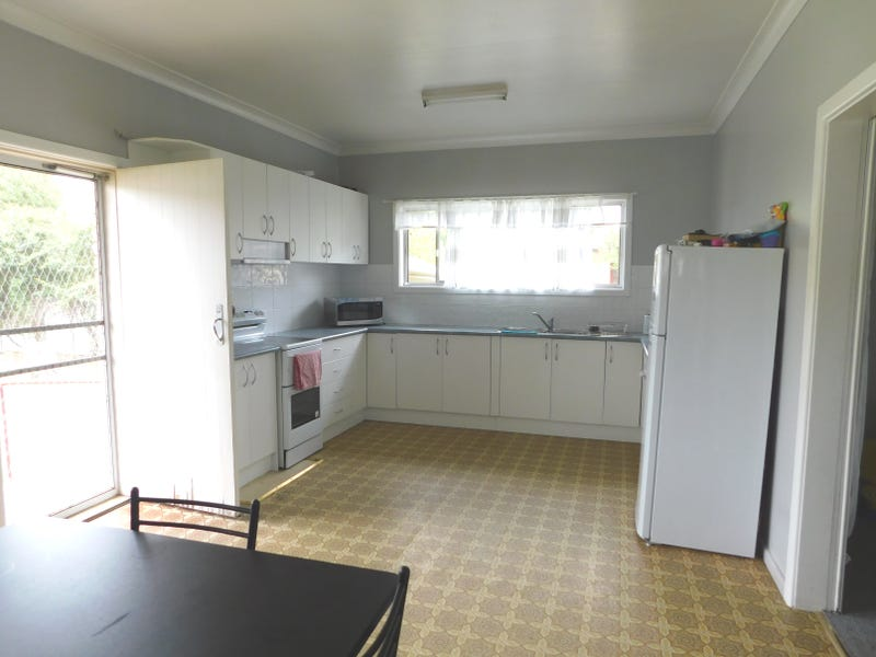 28 Camp St, Coonabarabran, NSW 2357