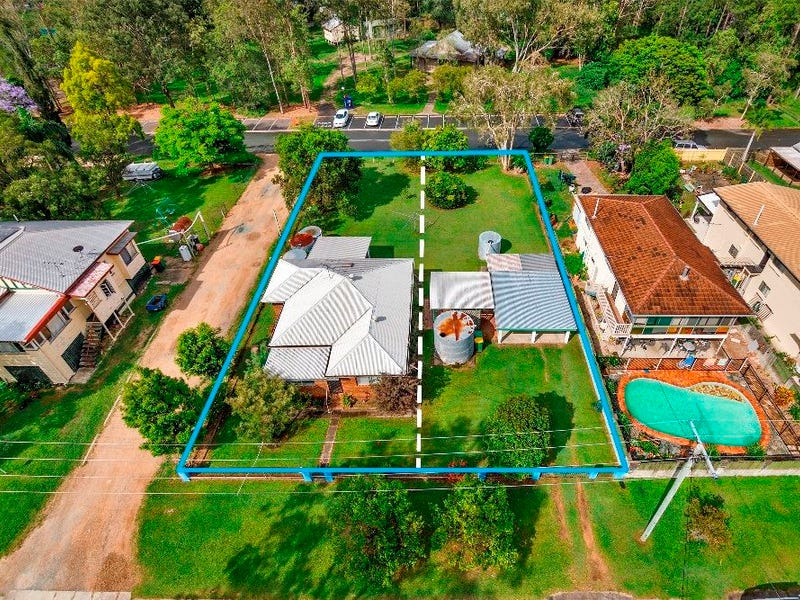 11 Progress Street, Samford Village, Qld 4520