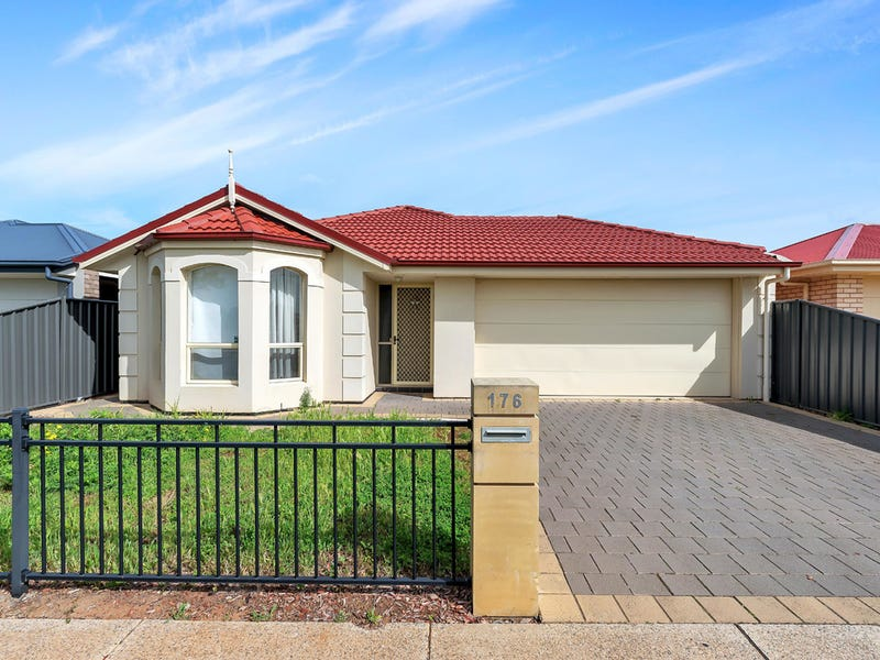 176 President Avenue, Andrews Farm, SA 5114