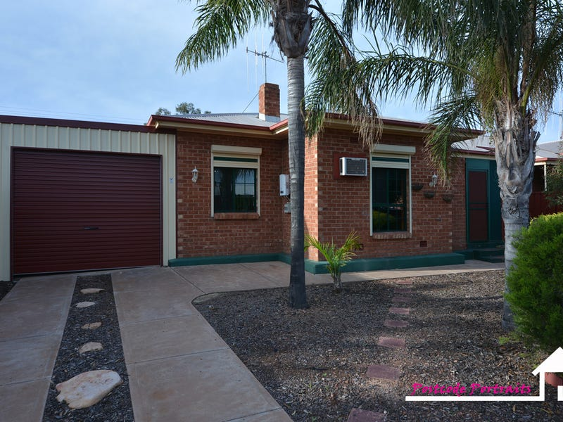 4 Edgar Street, Whyalla Norrie, SA 5608